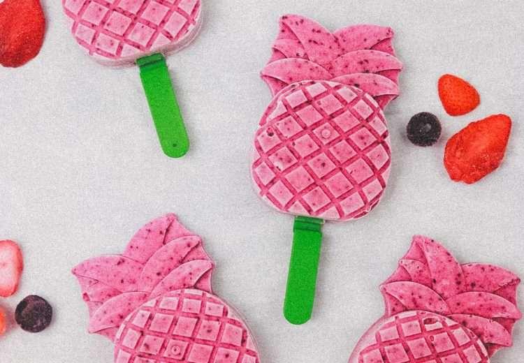 Strawberry blueberry popsicle recipe 4690 750x520 - Strawberry Blueberry Popsicle Recipe - Perfect For Summertime